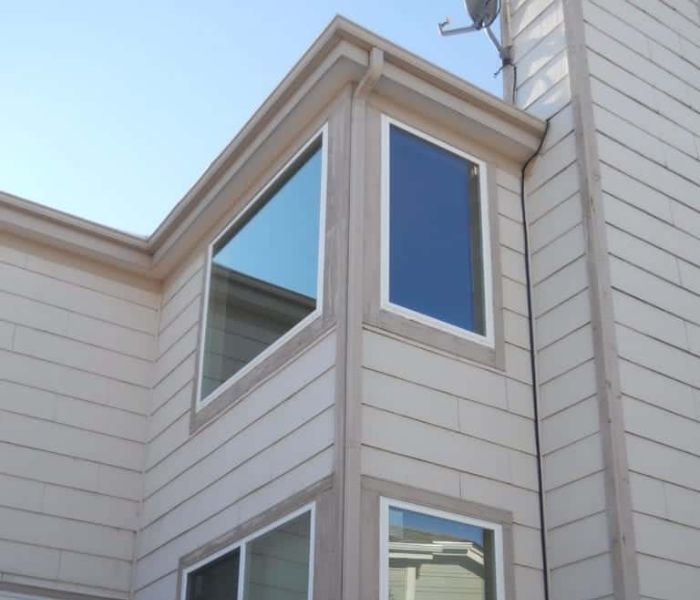 A picture window installation on an Arlington home.